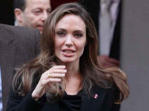 Трагедия с Джоли.
