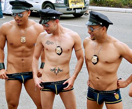 Порно гей полиция