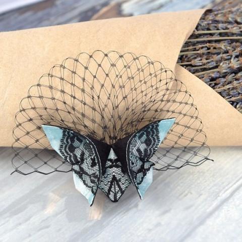 Бабочка из ткани в технике оригами