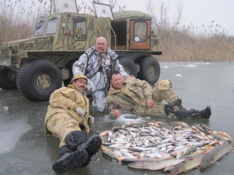 Рыбалка в феврале в Астрахани.