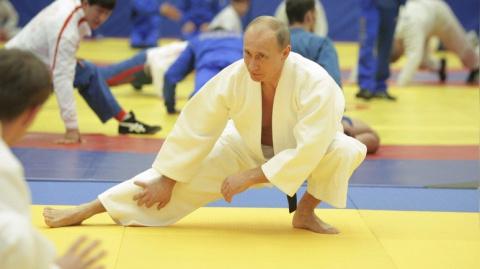 Путин против Путина.