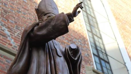 Западенские рагули такие католики, что Ватикан перед ними бледнее и трепещет