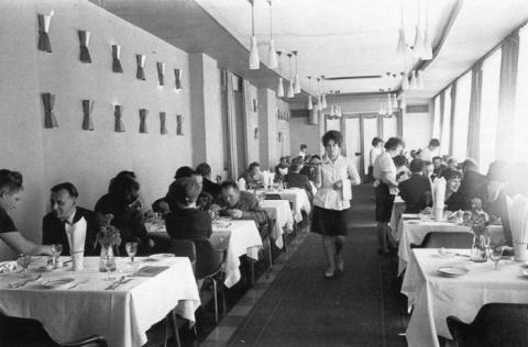 За что работницу советского общепита приговорили к расстрелу