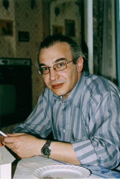 Яков Назаретян
