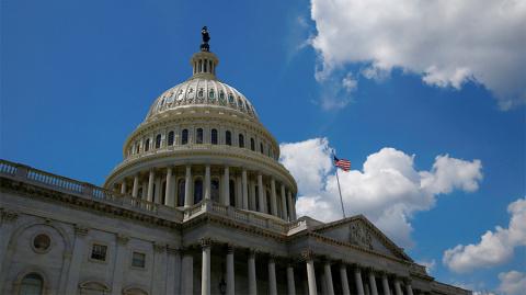 Сенат Конгресса США поддержал законопроект об ужесточении санкций в отношении России