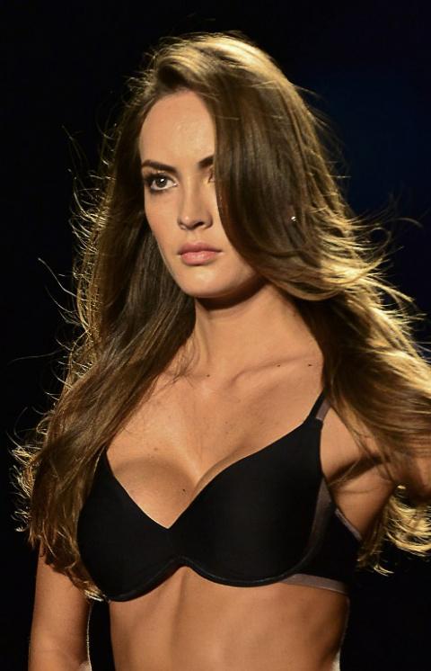 Колумбийские красавицы мод продемонстрировали бикини