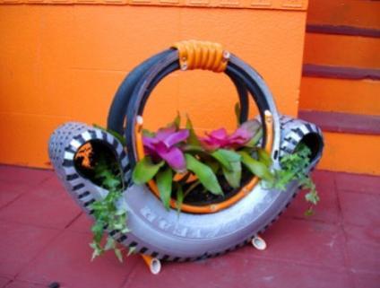 Делаем клумбу из автомобильной шины своими руками.