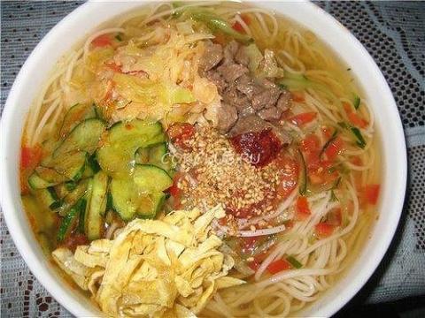 Холодный корейский суп «Кукс…