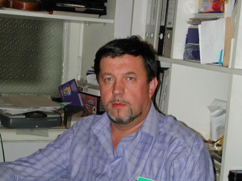 Олег Русаков
