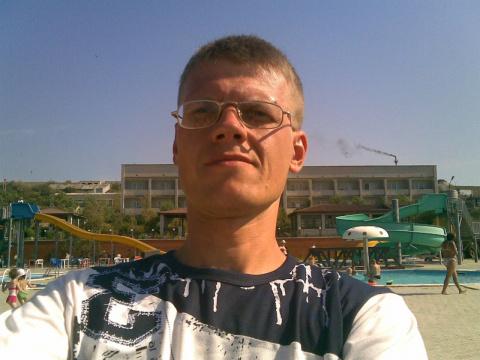 Виктор Никишин