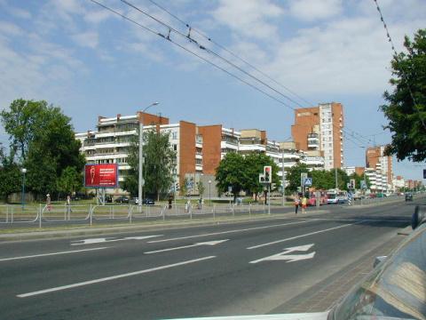 по улице Горького