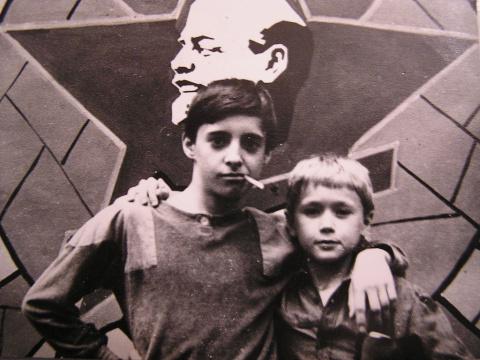 Казак и Ванечка Симонов