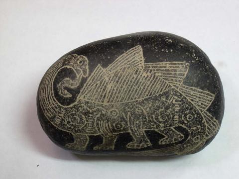 Изображение Динозавра. таких вырезок найденно много, а ещё говорят, что люди не видели динозавров в живую!