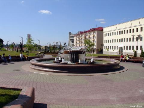 Советская площадь, фонтан