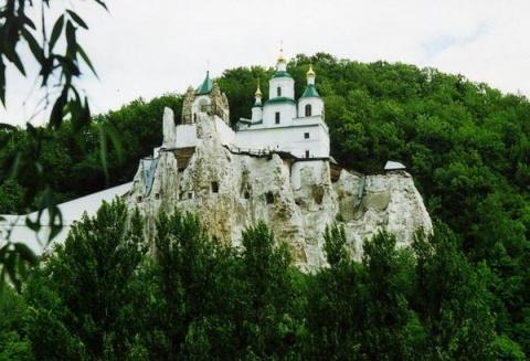 Меловой монастырь в Святогорске