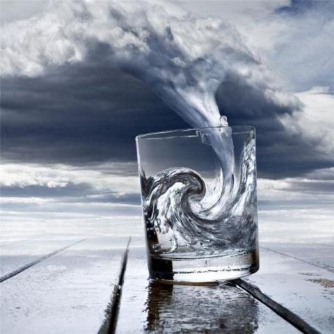 Картинки по запросу буря в стакане воды