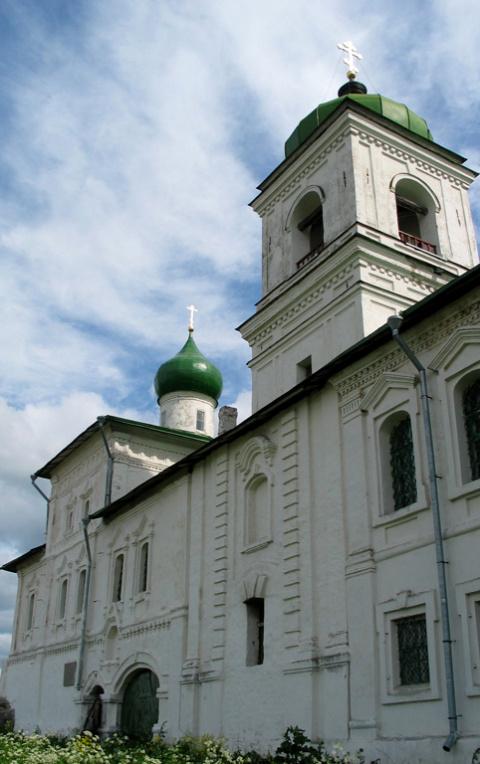 Надвратная Стефановская церковь