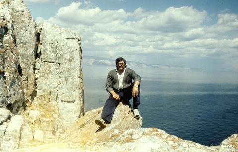 Байкал. Хужир. Шаман камень. 1990г