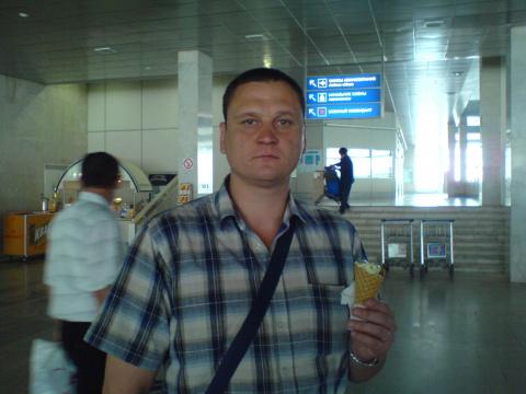Владимир Жаров