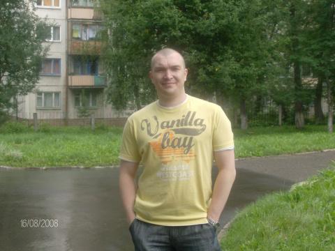 Марат Балуев