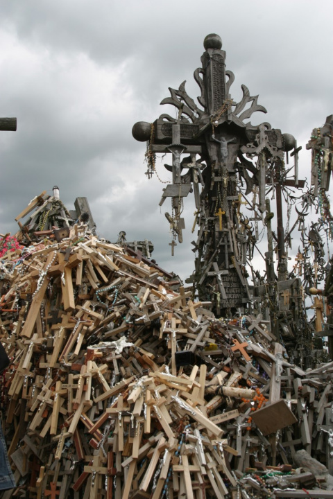 Гора крестов. Литва.
