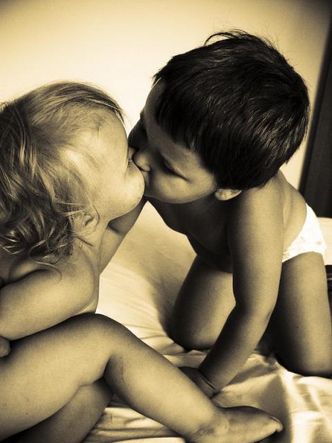 чернобелые картинки про любовь: