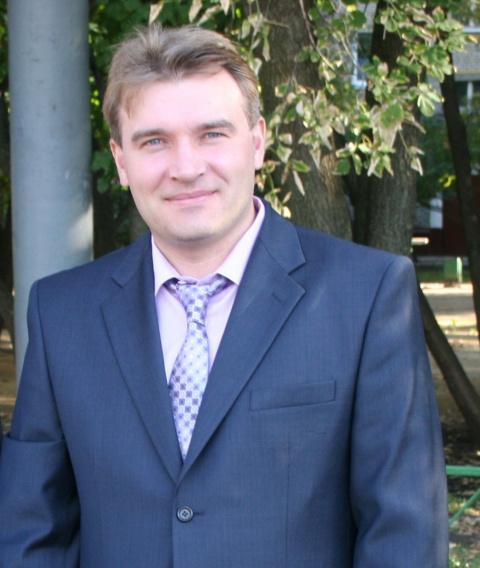 Виталий Голов