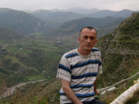 Махач Шахбанов