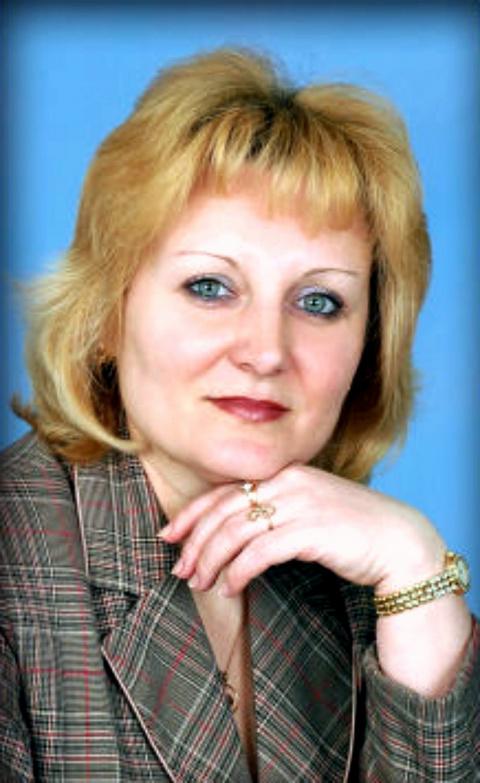 Лена Сердобинцева
