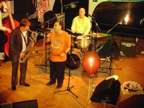 Сергей Манукян и Игорь Бутман на дне рождения джаз клуба Геликон