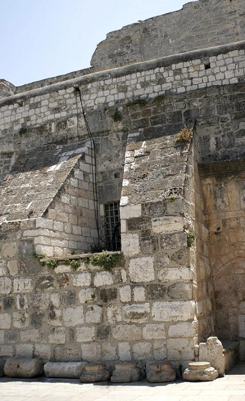 Внешний вид храма Рождества Христова в Вифлееме