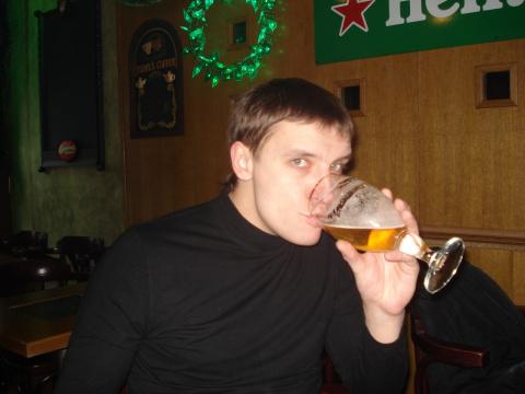 Антон Переломанный