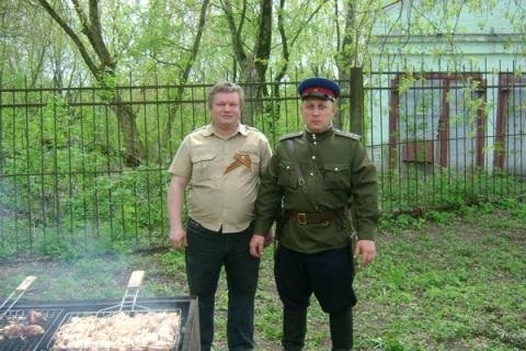9мая.Я и Александр Бардадимов.