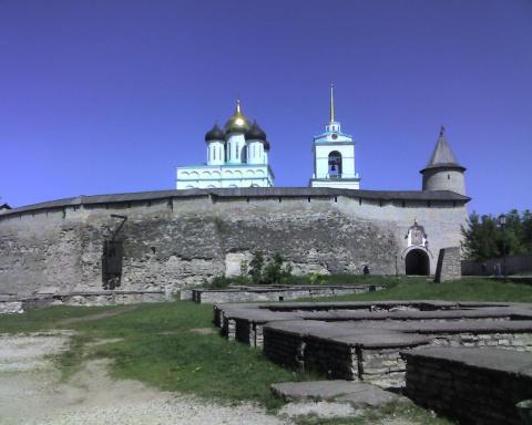 Довмонтов Город в Кроме Пскова