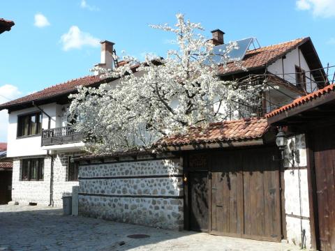 Весна в Банско