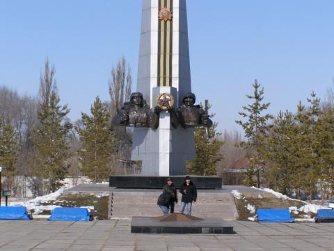 Памятник Победы около акимата