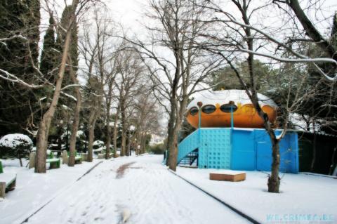 Зима в Гурзуфе, известный бар тарелка