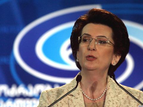 Бурджанадзе обвинила Саакашвили в развязывании войны в Южной Осетии