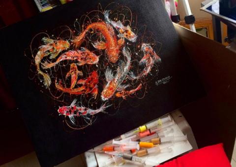 Шприцы вместо кисти - удивительные картины художницы Kimjoymm