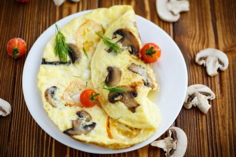 7 рецептов омлета – от простых до изысканных