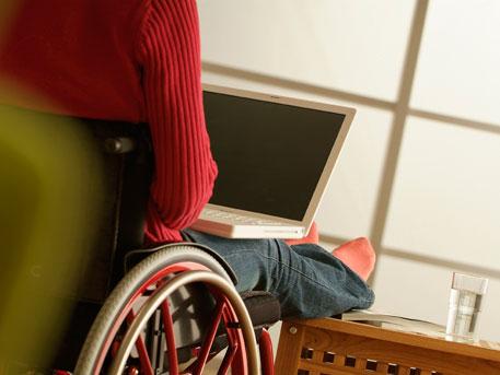 Как трудоустроить инвалидов?
