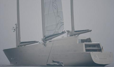 Крупнейшую вмире яхту русск…