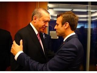 Макрон начал игру против Эрдогана