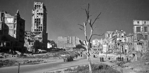 Польша потребует компенсации за войну от Германии. Сергей Мануков