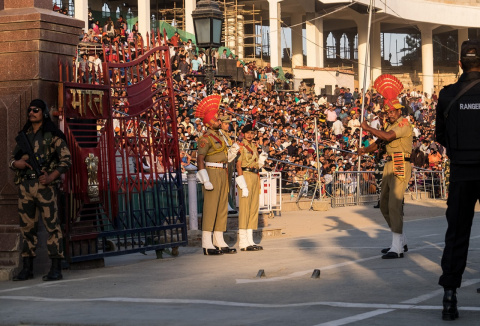 Боевая акробатика, или, Как закрывают индо-пакистанскую границу