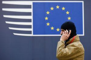 «Чтобы снова уйти на полгода» — ЕС продлил индивидуальные санкции против россиян