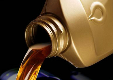 С какой периодичностью менять моторное масло
