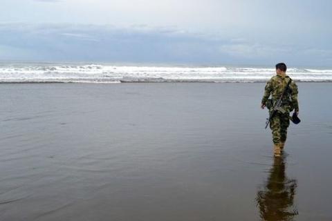Колумбийские моряки спасают …