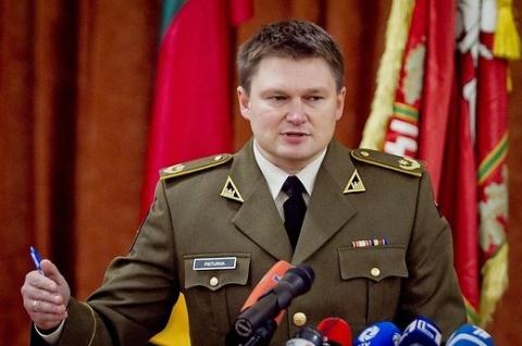 Литва отозвала из России сво…