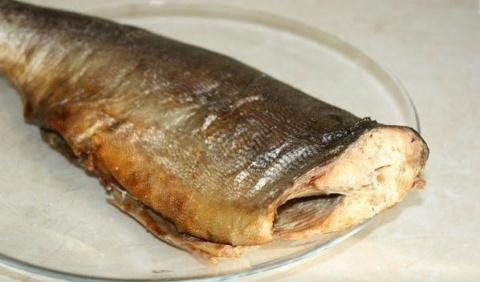 Ароматная и очень вкусная рыба горячего копчения в рукаве для запекания